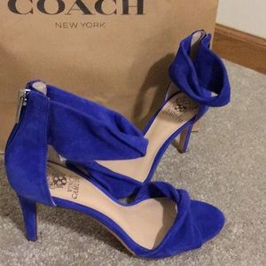 Brand New! Vince Camuto pumps 8.5